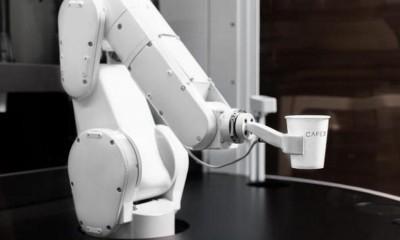 Bu kafede kahveleri barista değil, bir robot hazırlıyor