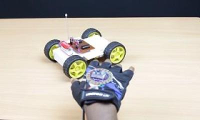 El Hareketleri İle Robot Yönlendirme
