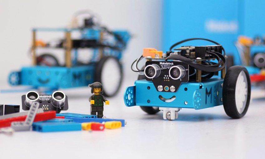 Adana Maker Teknoloji Robotik Kodlama Atölyesi 2019 Mezunları